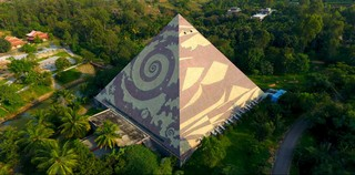 1554811460683-6-The-movement-has-constructed-over-20000-pyramids-in-India