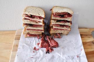 1554996688876-sandwiches-copy