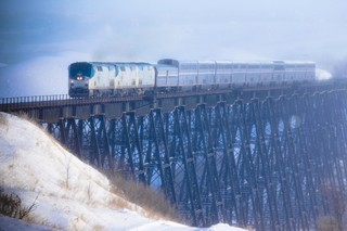 Empire_Builder_Gassman_Bridge-Credit-Jason-Berg-Amtrak
