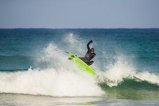 1556286548692-Nissan-Black-Bay-Surfing-5-of-17