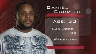 Cormier voor zijn MMA-debuut in 2009.