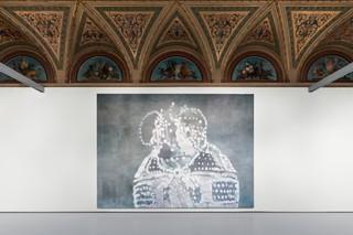 Luc Tuyman s , Turtle , 2007, Private collectio n, Courtesy David Zwir ner, New York/London . Installation View at Palazzo Grassi, 201 9 © Palazzo Grassi, Photography by Delfino Sisto Legnani e Marco Cappelletti