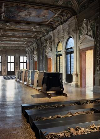 1557763728808-Fondazione-Prada-Kounellis-10