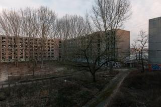 Ein leerstehender Plattenbau in Alt-Hohenschönhausen