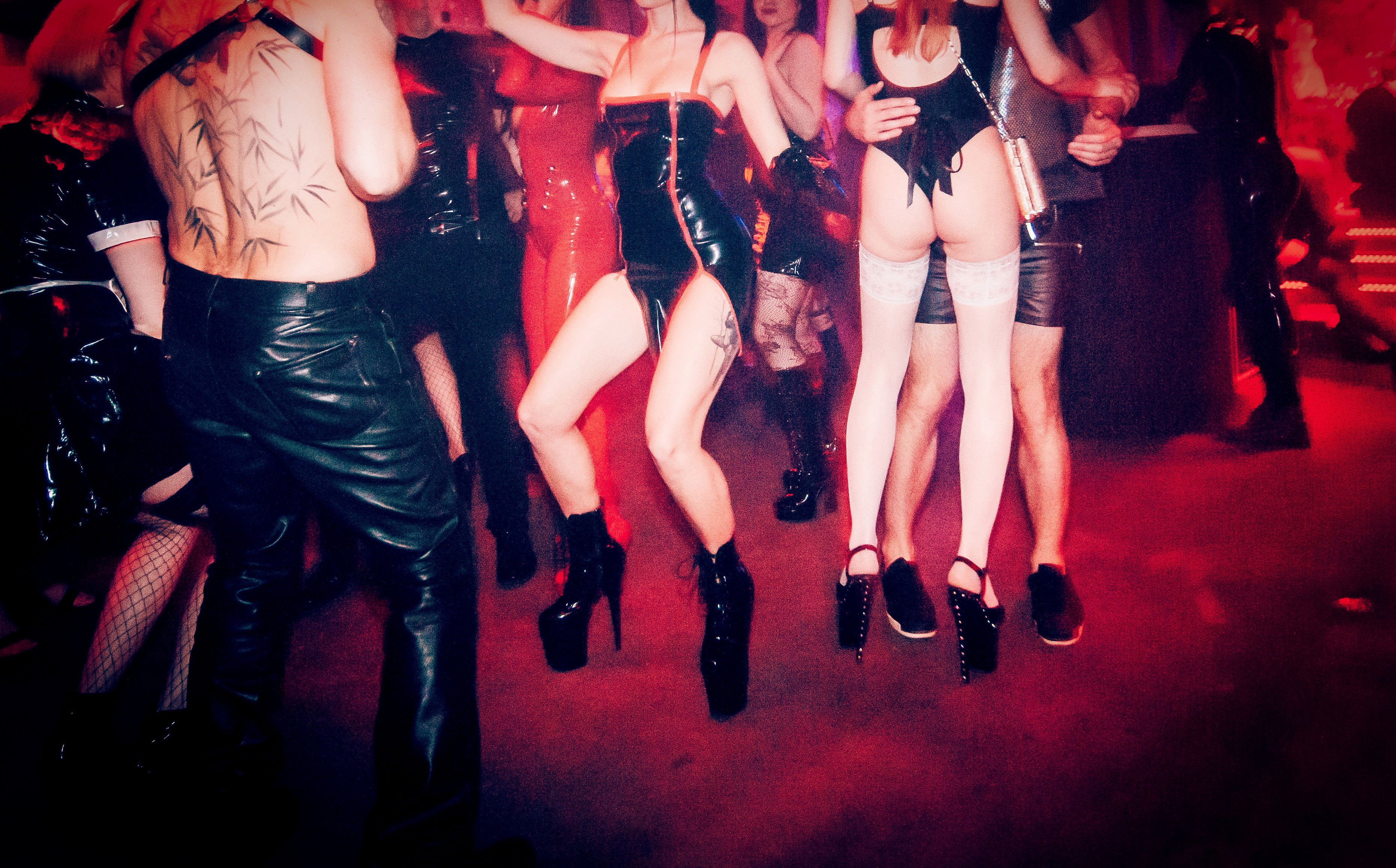 Impreza klubowa orgia