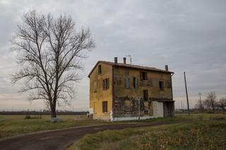 1558018448882-diavoli-della-bassa-casa-galliera