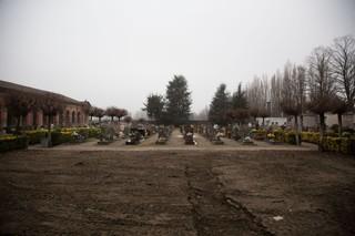 1558018641260-diavoli-della-bassa-cimitero-finale-emilia