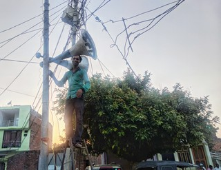 indian elections economy odd jobs
