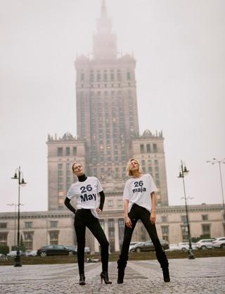 Malgosia-Bela-and-Anja-Rubik-by-Zuza-Krajewska-in-Warsaw