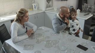 Η Ειρήνη Κίτσα και ο Γιάννης Παϊτέρης μιλούν για τη ζωή τους στο Ζεφύρι.
