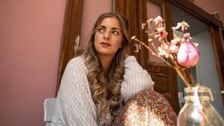 1559727046988 ex morning show moderatorin laura larsson by shirin siebert c vice