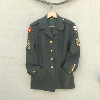 1560220310188-Minucci-jacket