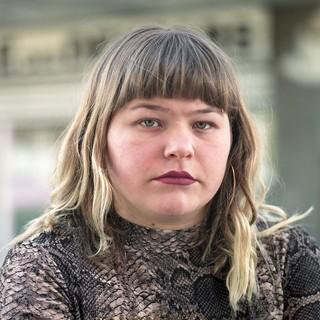 Elise-Dervichian-Lina