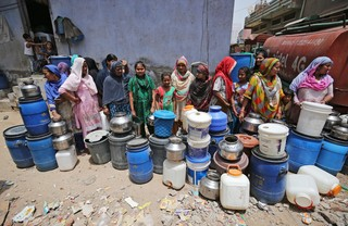 1561030118846-Indias-water-crisis-3