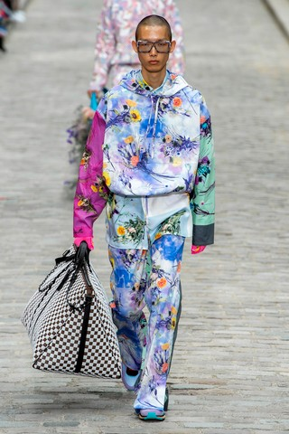 1561114487966-SS20M-LVuitton-042