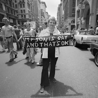1561495490563-1977_06_PrideMarchNYC_sonGayThatsOK