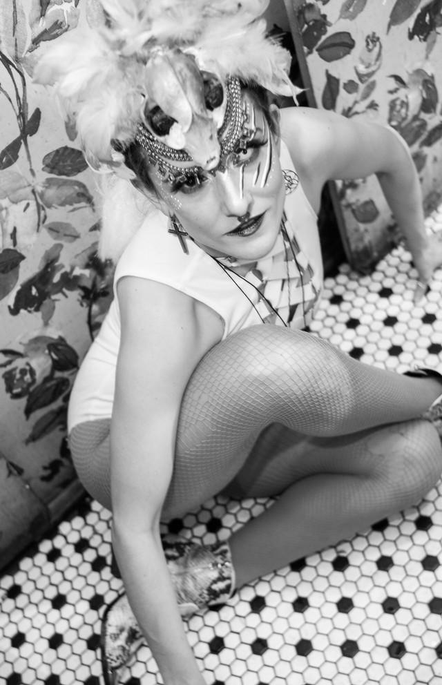 larissa white nude