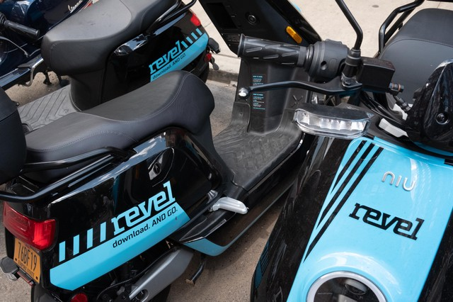 Revel Mopeds Won't Fix the Transit Crisis and Might Get