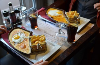 Welsh Calais Restaurant Hovercraft 2