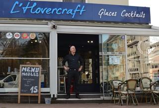 Welsh Restaurant Hovercraft Dan Snowden 3