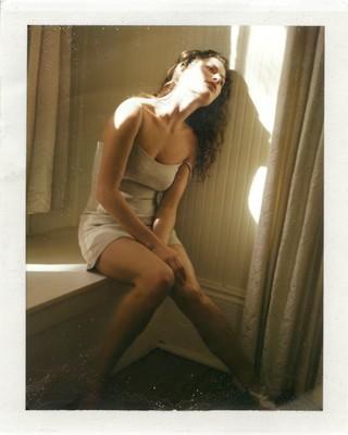 1563224944539-POLAROIDS-OF-WOMEN_BY-DEWEY-NICKS_Shalom-Harlow-12th-Street-New-York