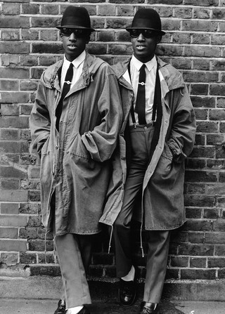 1564755820703-The-Islington-Twins-London-1979cJanette-Beckman