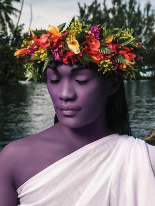 1565141206111-HeiHere_60x80cm_300DPI_NamsaLeuba_2019_Tahiti_300