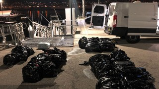 1565966422916-coast-guard-marijuana-haul
