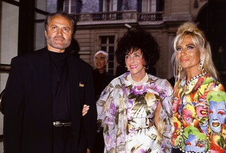 Donatella Versace and Elizabeth Taylor. Photo by PAT/Gamma-Rapho via Getty Images