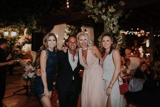1569857073812-NOW-shot-Mitch-and-Jane-with-their-daughters-Lauren-far-left-and-Lindsey-in-2018-Supplied-by-the-Englanders