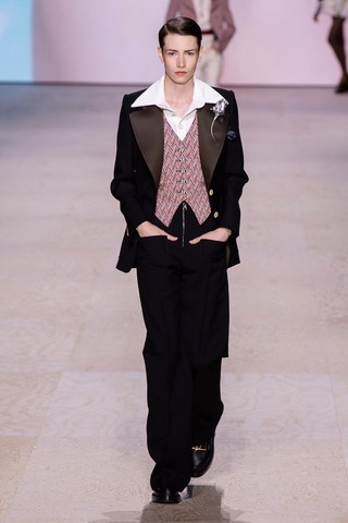 1570033171895-SS20C-LVuitton-014