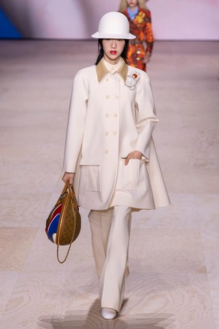 1570033296279-SS20C-LVuitton-081