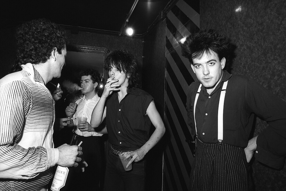 1571743145935-backstage-olympia-the-cure-1981