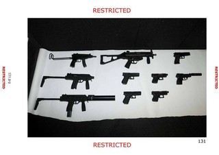 escalade-weapons
