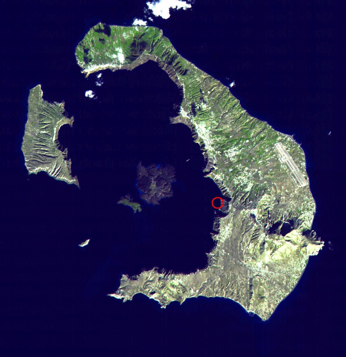 1576102740750-Santorinisea_diamond_wreck