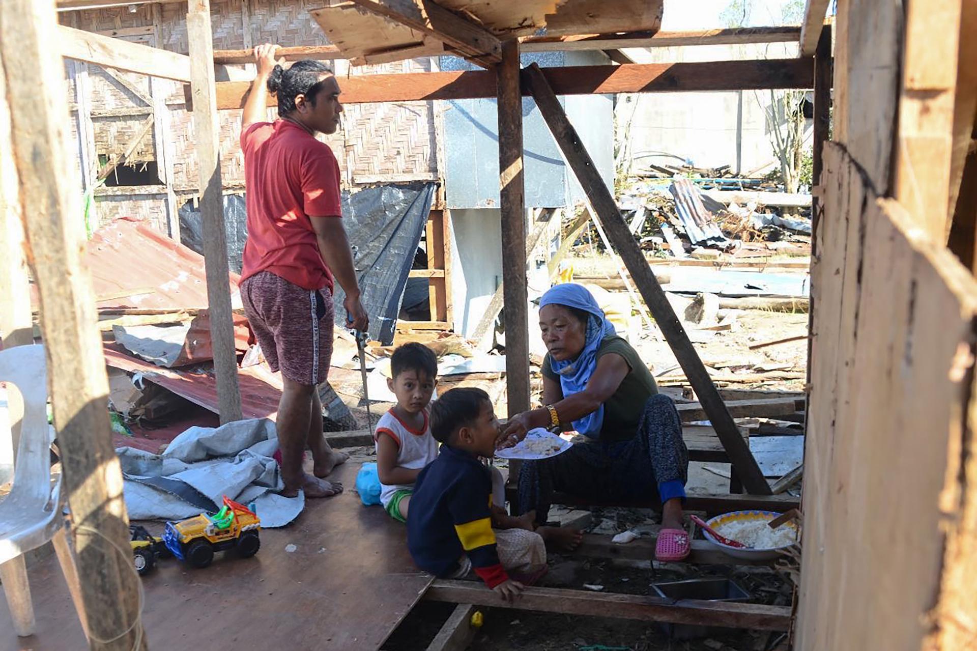 1577368984021-philippines-typhoon-1