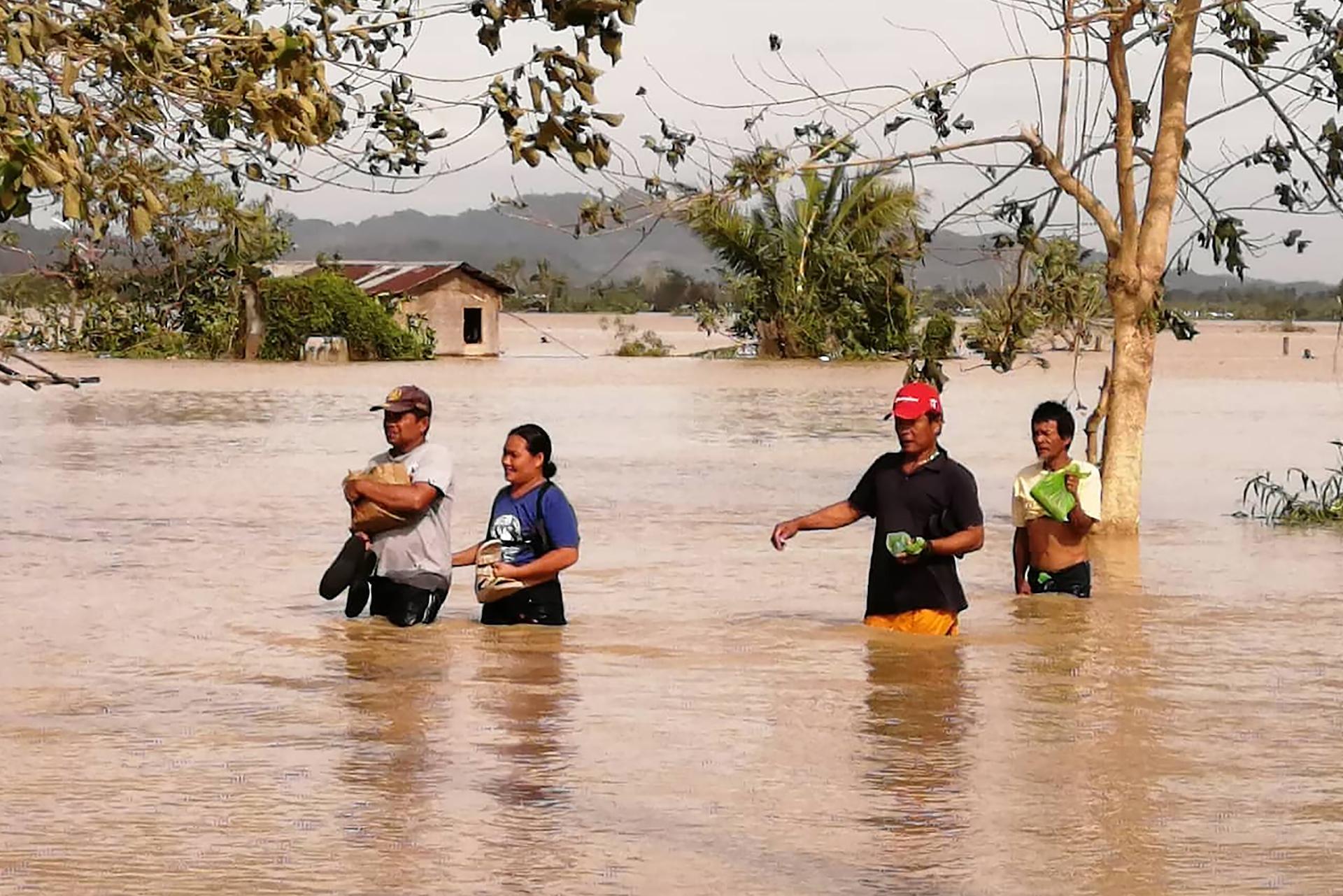 1577369261959-philippines-typhoon-3