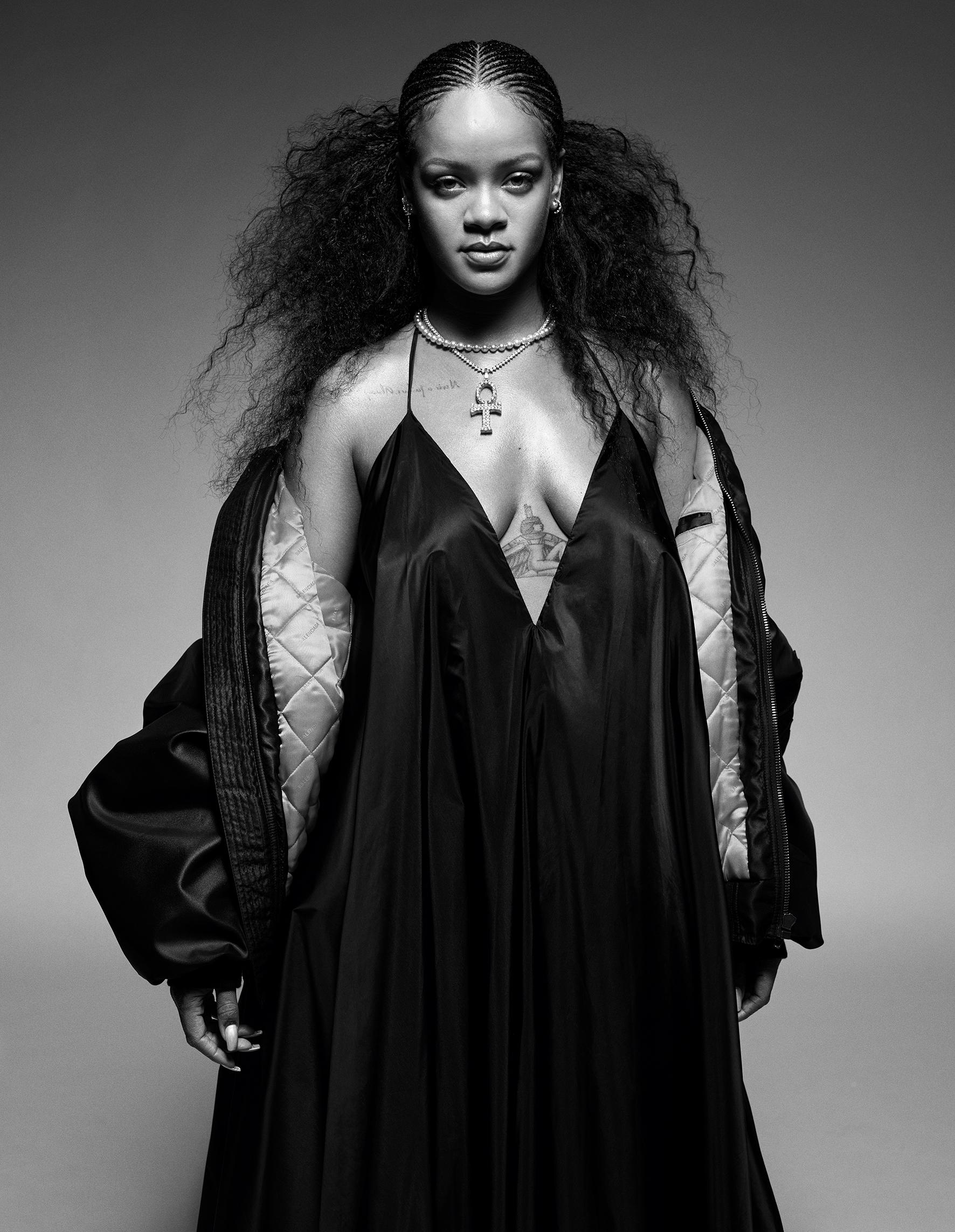 Rihanna named world's richest female musician: US$600 million ...   2286x1772