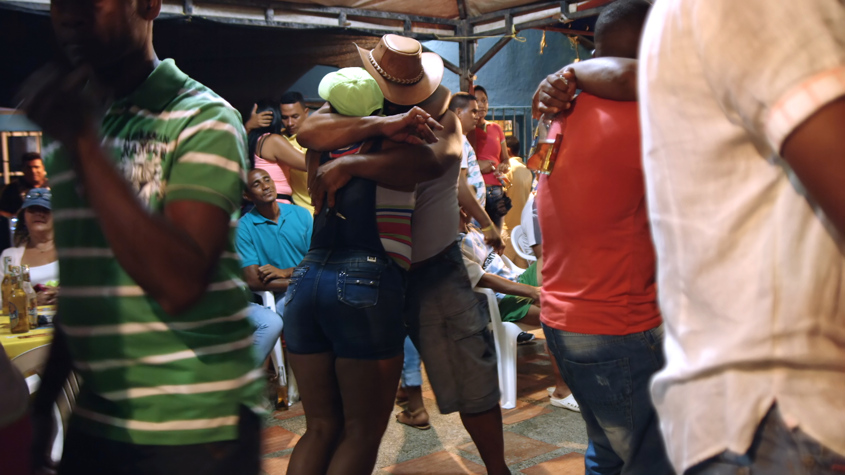 A couple dancing in the street in Barranquilla, Colombia
