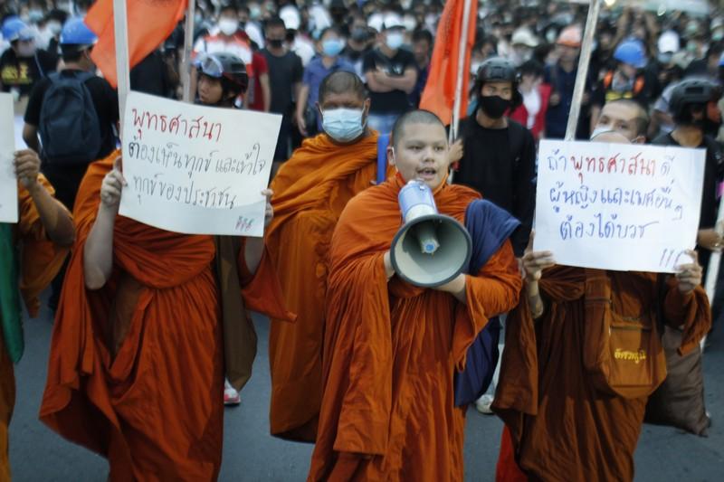 fuggire dalla Thailandia