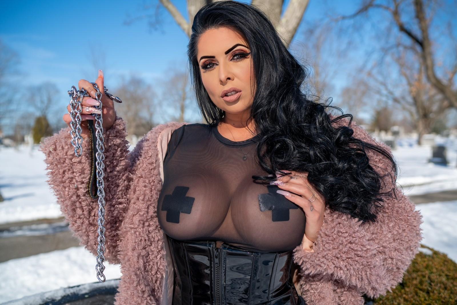 Goddess Jasmine Mendez