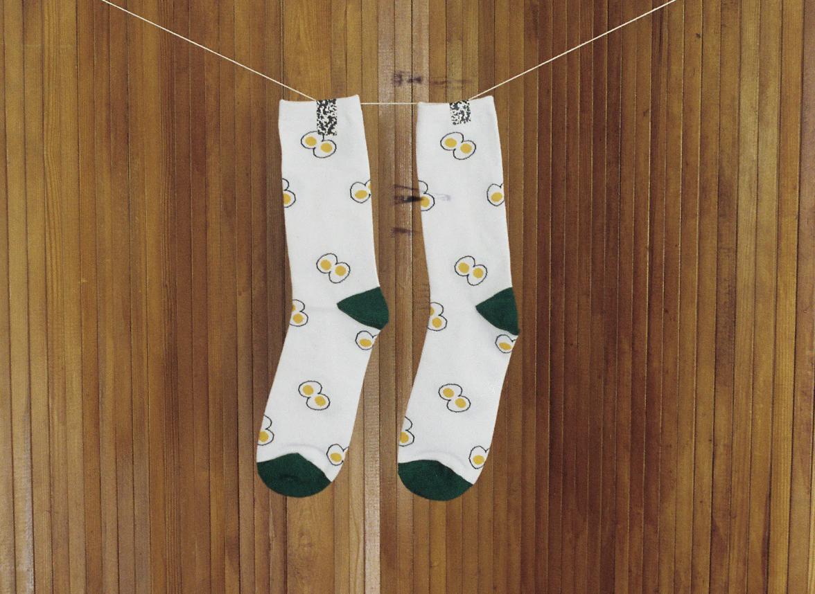 konbi-egg-socks.png