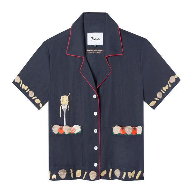 tombole vongole shirt with seafood and spaghetti