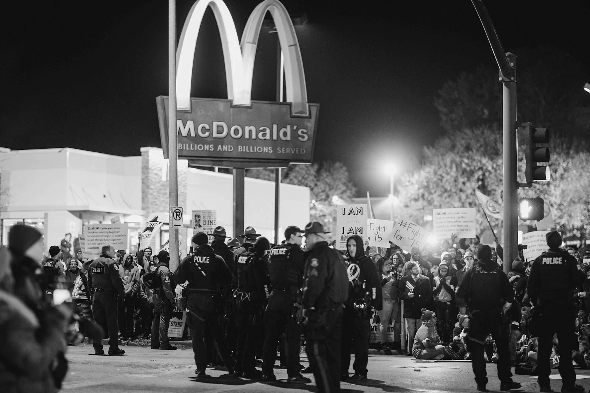 Fight-for-15-Kansas-City_Chase-Castor-Photojournalist09.jpg