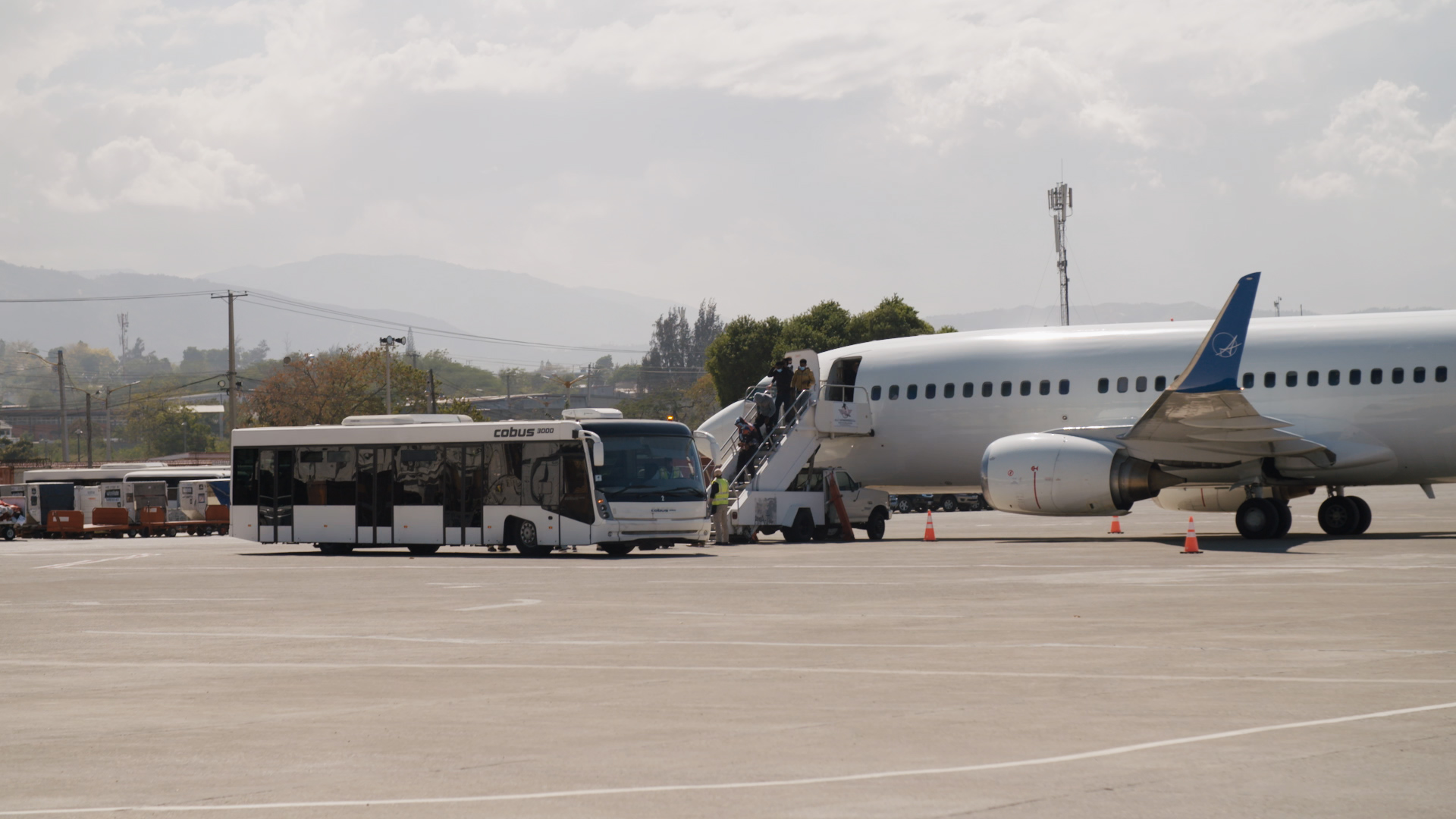 A flight filled with asylum-seekers lands in Port-au-Prince Haiti on Feb. 12, 2021. (Photo: Samuel Stonefield/VICE News)