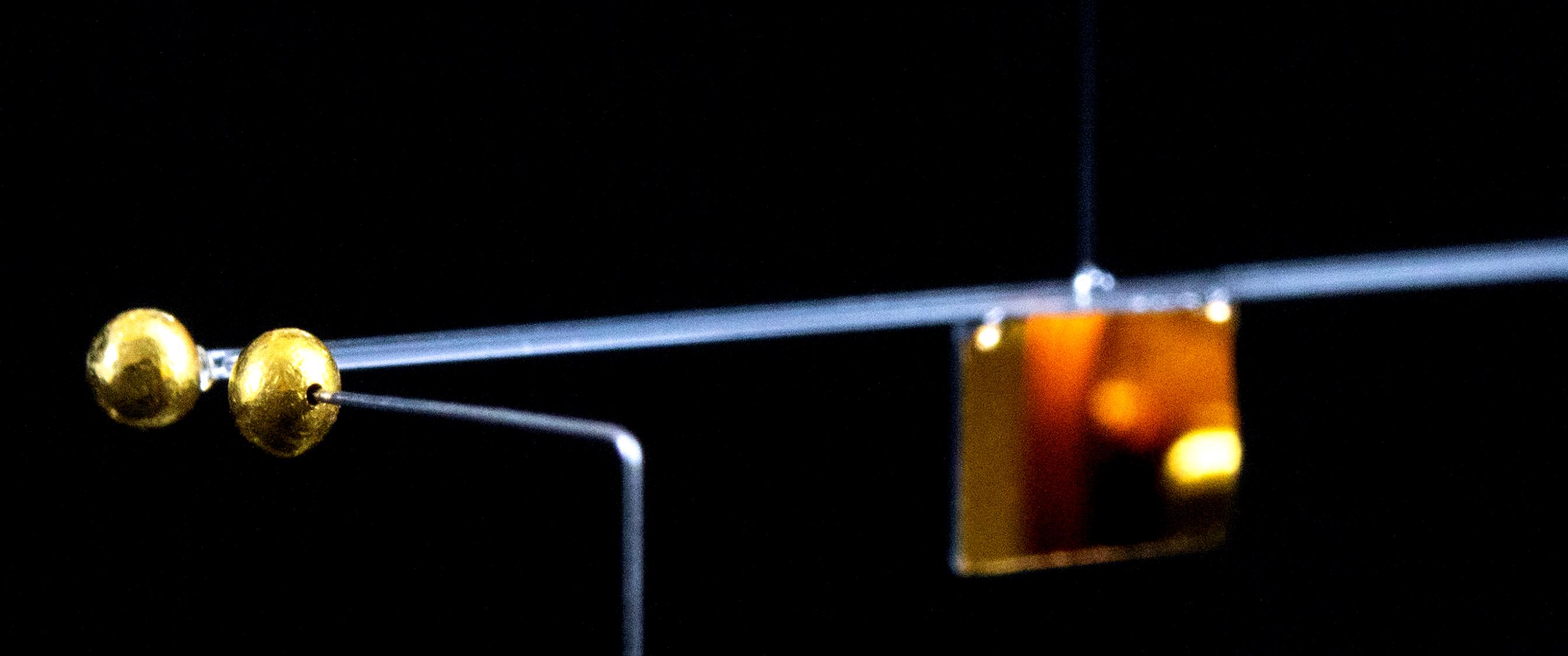 torsional pendulum.jpg