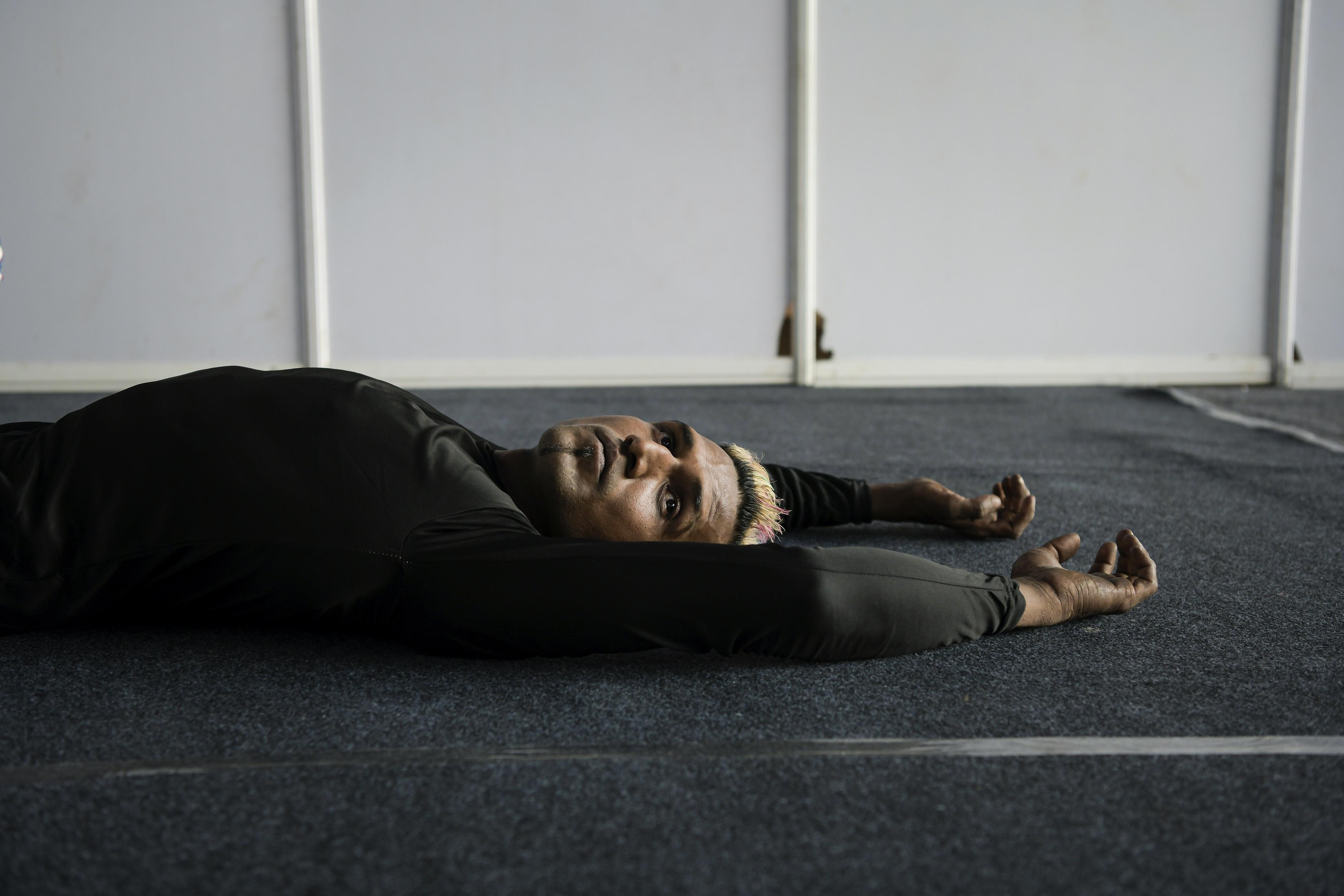 Soumen berbaring setelah latihan