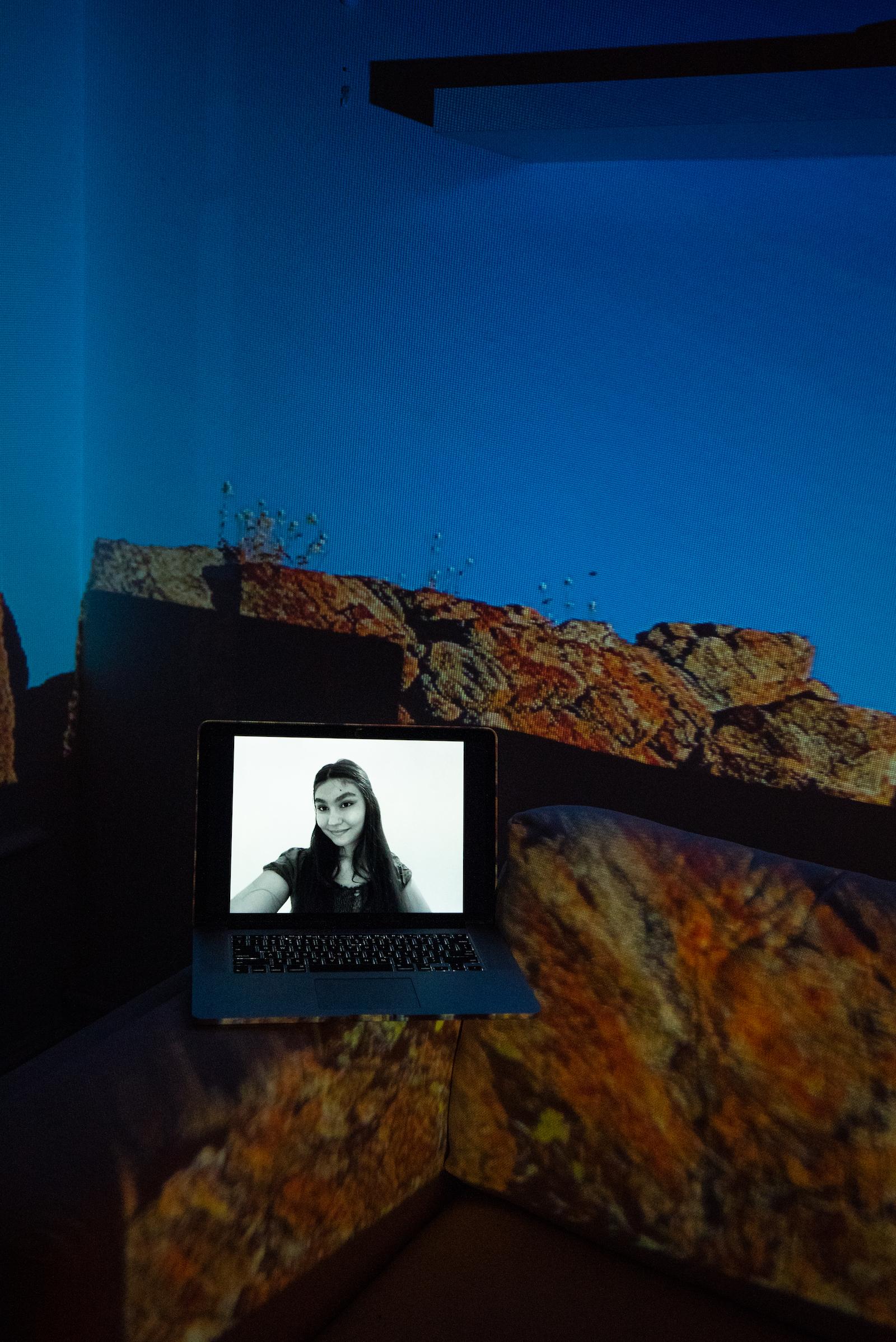 Lara Rudar, UAE Ambassador for Nature, MockCOP26 Delegate. Projected Image: Ascendiendo, Puerto Escondido, Mexico, December 2020.