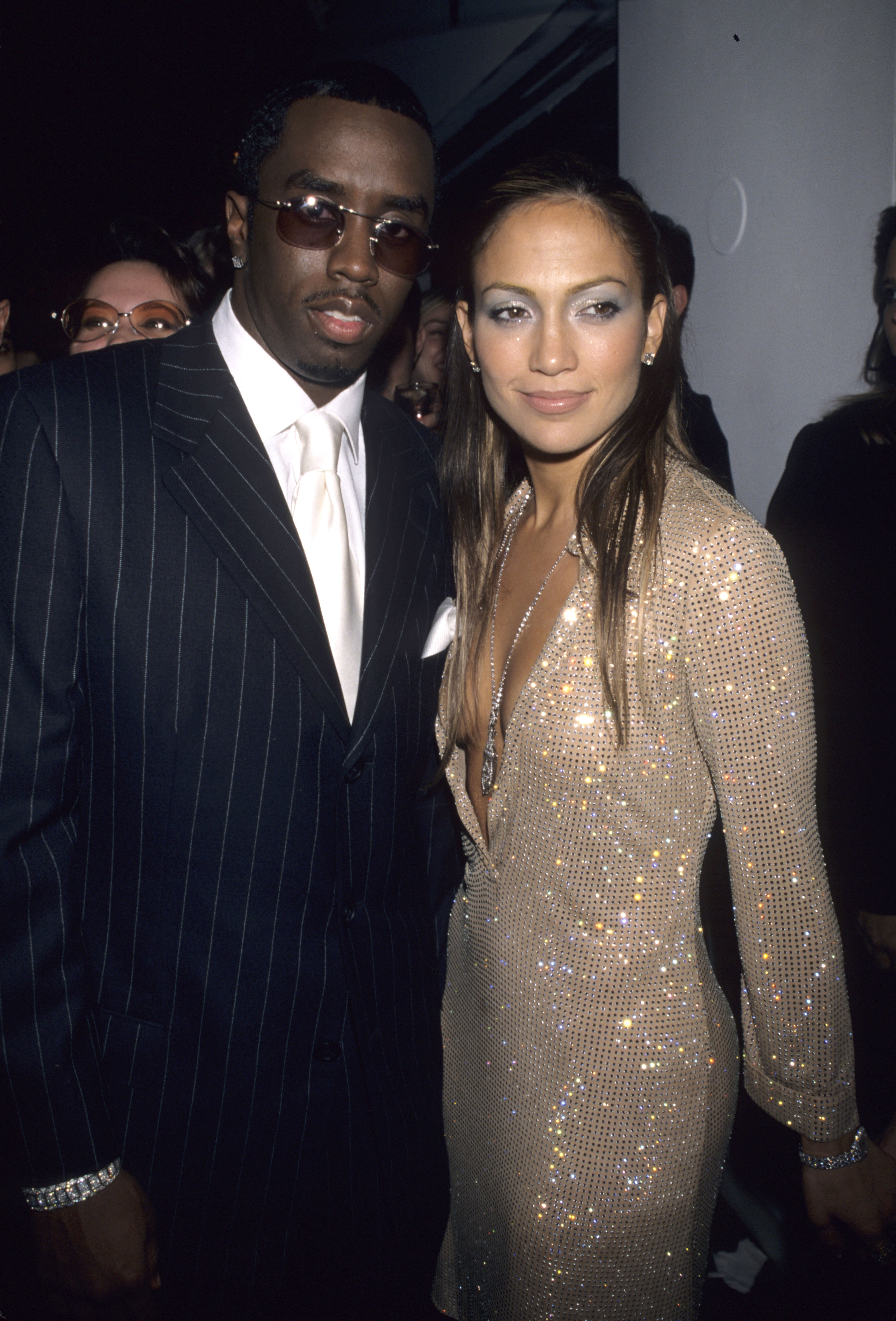 p diddy and jennifer lopez kissing at vh1 / vogue fashion awards