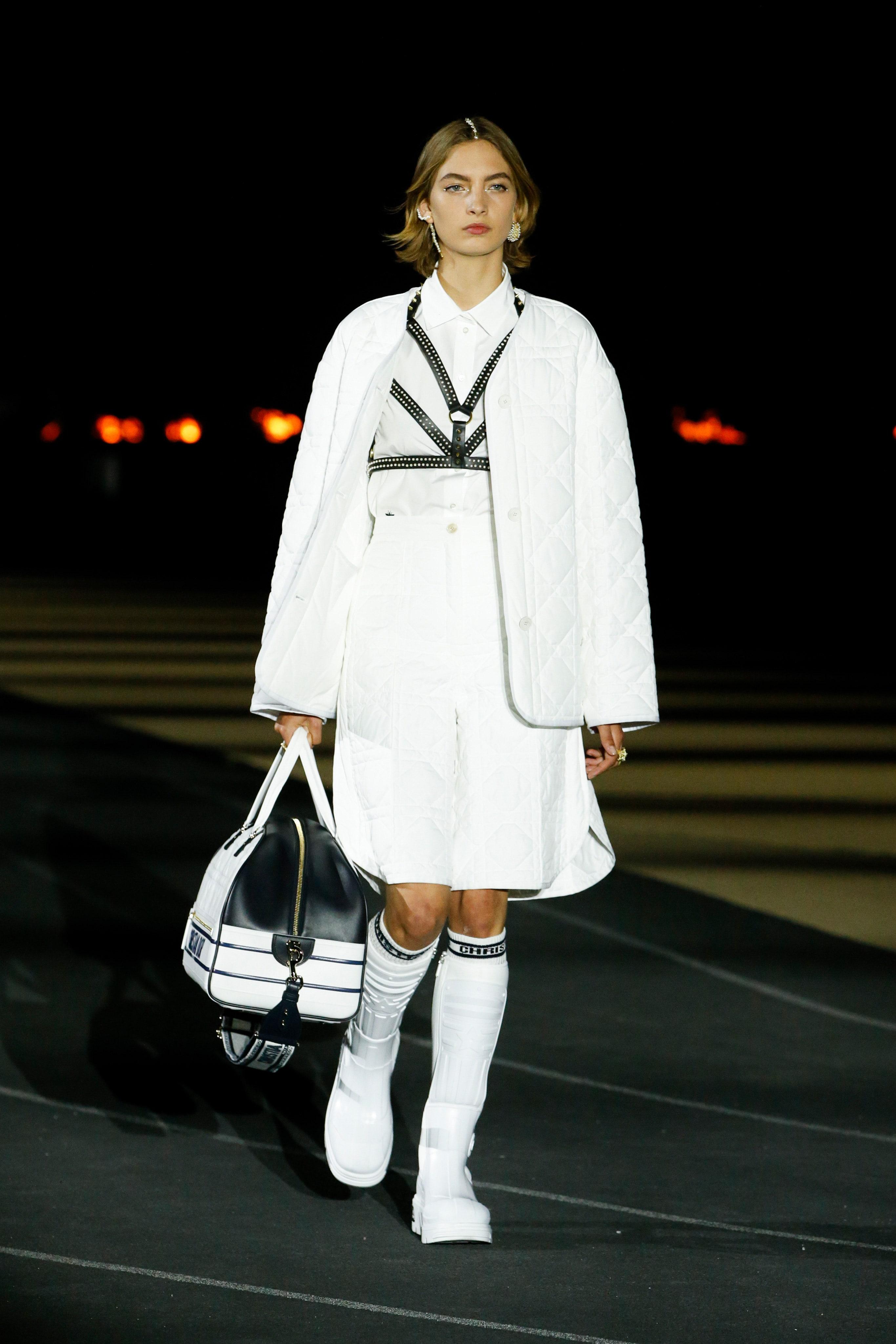 00002-Dior-Resort-2022-credit-brand.jpeg